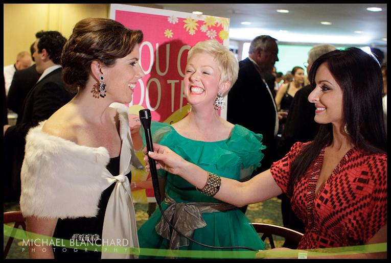 Home » Toni Saladna » Reporter Mary Saladna And Her Sister, Actress ...